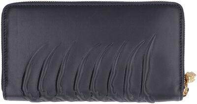 Continental wallet in leather